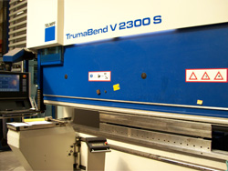 Processamento de chapa CNC