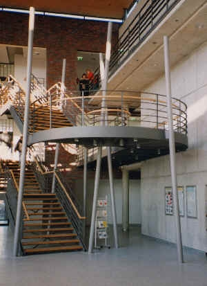 Escadas metálicas / Stahlbau GmbH Heenemann & Sohn