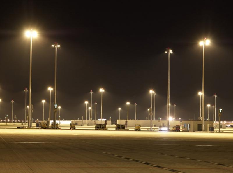 Oświetlenie wielkich powierzchni