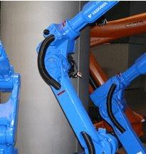 Roboty obsługiwane ręcznie