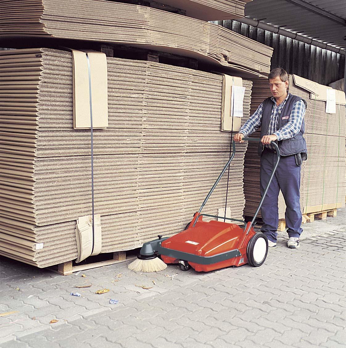 Macchine per la pulizia di pavimentazioni