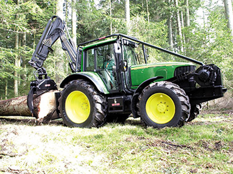 Лесохозяйственные тракторы