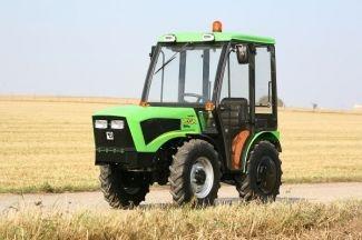 الجرارات الزراعية / AGRO-TECHNIK GbR
