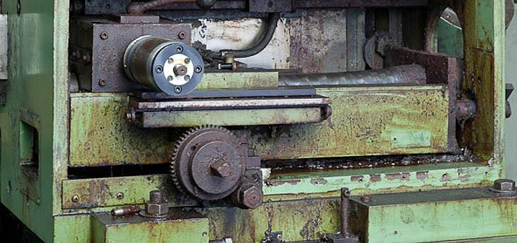 Modernisierung und Überholung von gebrauchten Rundschleifmaschinen