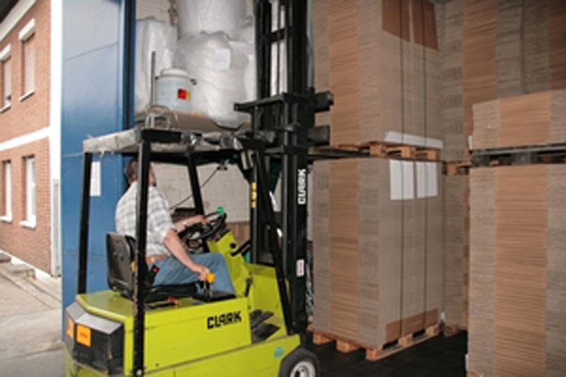 Veszélyes anyag csomagolások