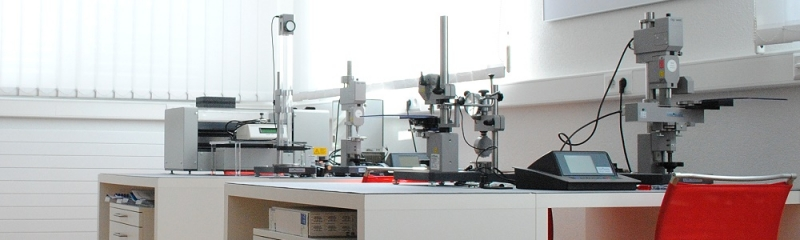 Aparatos de prueba de microdureza
