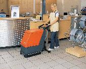 čisticí stroje a přístroje