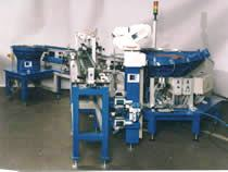 Montážní automaty