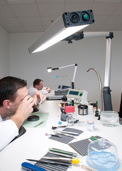 LED Workstation Lamp