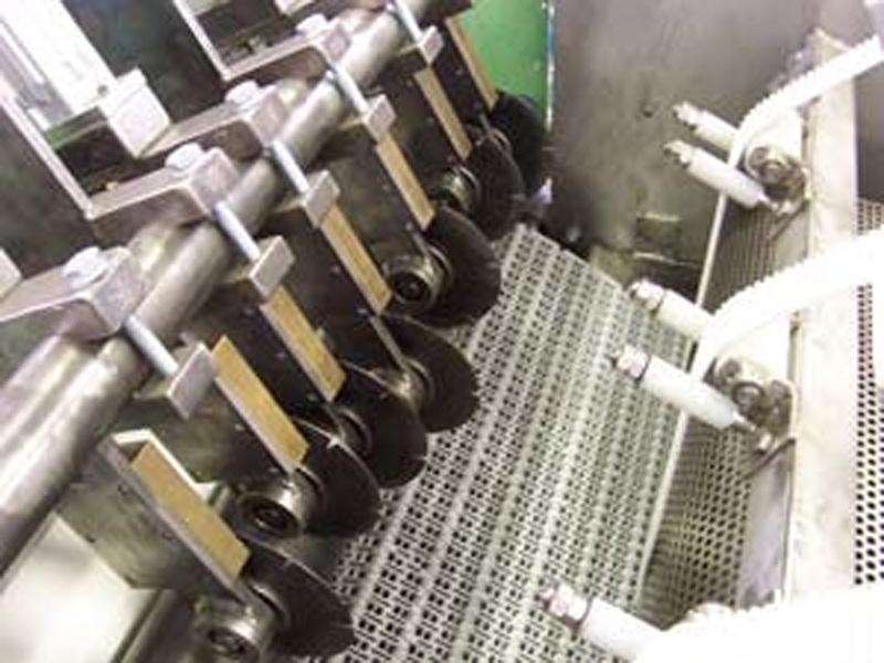 Máquinas cortadoras de goma